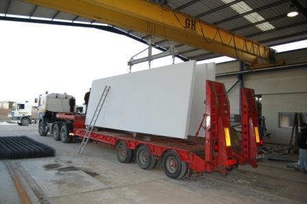 Fabrica de Placas Macizas de hormigón para cerramiento de Naves
