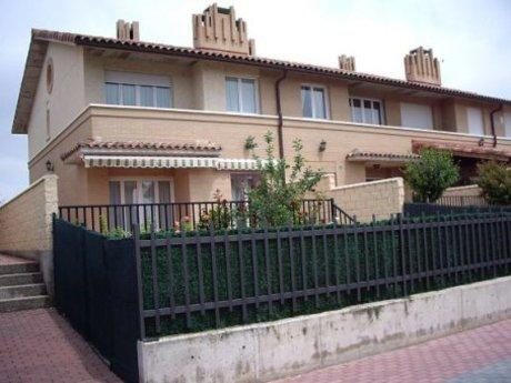 Casa en Castañares de Rioja
