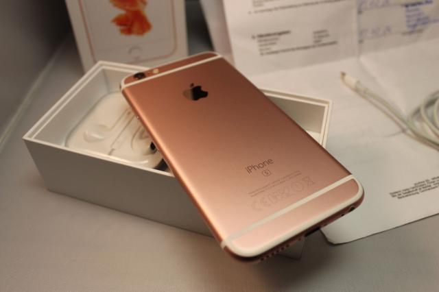 New apple iphone 6s rose gold