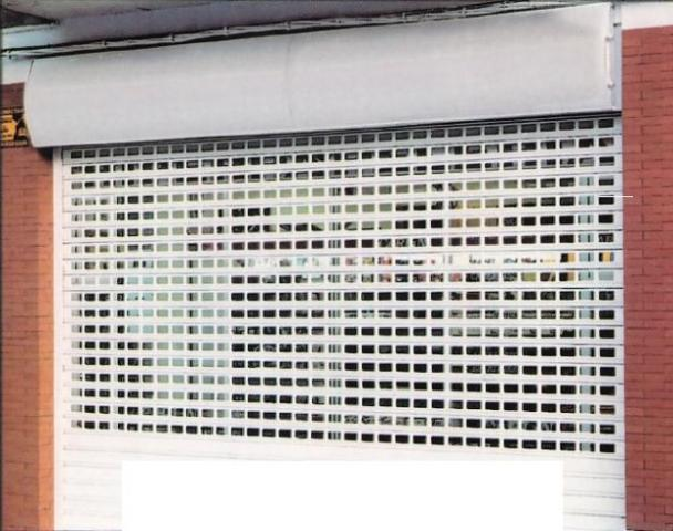Instalación de cierres y persianas metálicas de seguridad