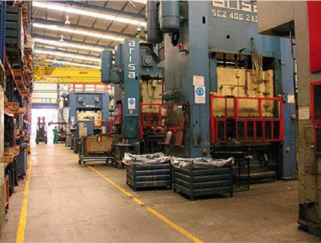 Nave industrial en Polígono Agustinos