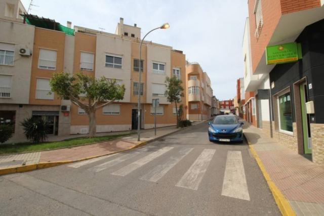 ¡¡¡OPORTUNIDAD!!! Piso como Nuevo de 3 Habitaciones en El Ejido junto Cafetería