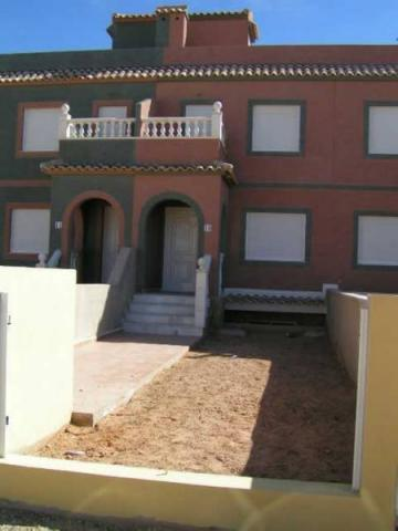 Duplex de nueva construcción en venta