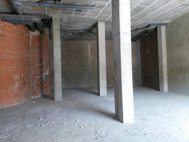 Atención ¡ local comercial de nueva construcción lleno de posibilidades para tu