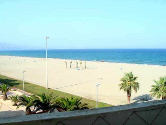 Magnifico atico en 1ª Linea de Playa