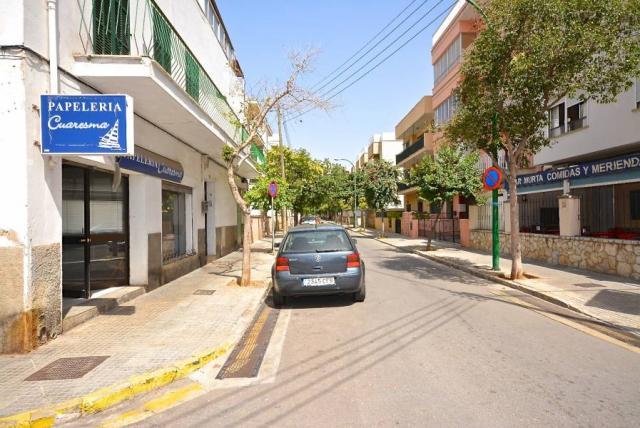 Estupendo local con parking y patio en zona Aragón Rafal Vell