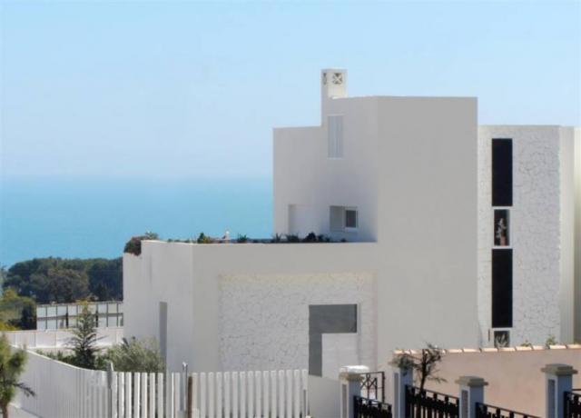 Espectacular Chalets adosados con vistas al mar en las colinas de Guardamar