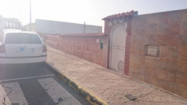 CHALET CON PARCELA DE 350 M2 EN PLAYA DEL HOMBRE, TELDE