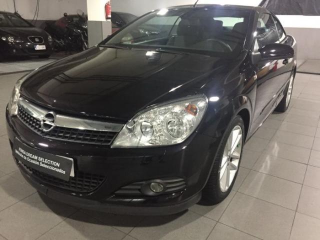 Opel Astra Twin Top 1.9CDTi Cosmo