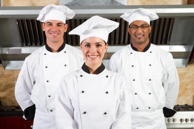 se necesita ayudante de cocina barcelona cocineros