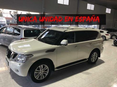 Nissan Patrol V8 5.6 XE 405 CV -ÚNICA UNIDAD EN ESPAÑA- - 8 PLAZAS- FULL-EQUIP .