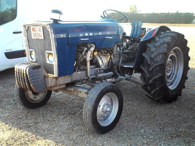Tractor EBRO 350 Matriculado.
