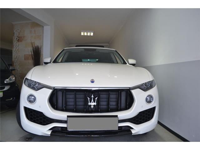 Maserati Levante Diesel Aut. Paquete Sport, Cámara, Techo pano, NAV