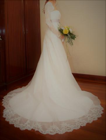 Vestido novia. Diseñadora Laura Batán