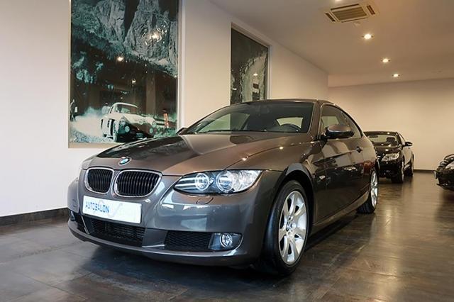 BMW SERIES 3 320d, 177cv, 2p del 2010