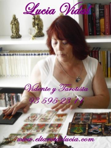 Vidente y Tarotista Lucía Vidal vidente de Nacimiento.