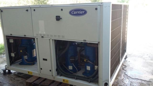 Enfriadora de agua Carrier 93 kw (80.000 frigorias) bomba calor