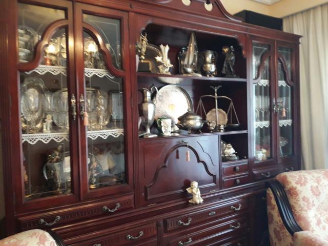 mobiliario de salón en muy buenas condiciones
