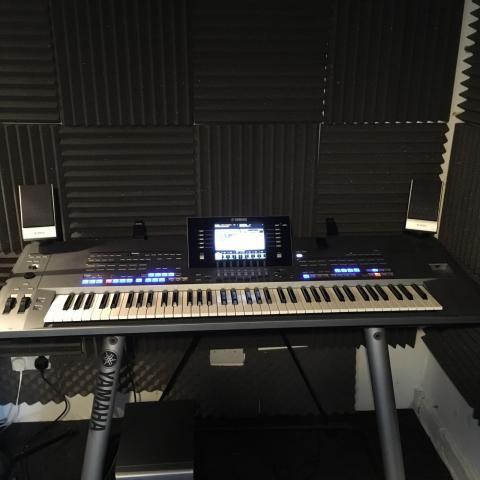 Tyros 5- 76 de teclado altavoces MS05 L7
