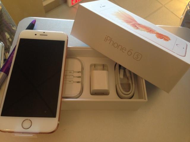 Nuevo Apple iPhone 6 S Plus 64gb Blanco, cargador originales