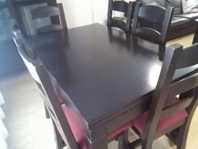COMEDOR COMPLETO -Son muebles madera maciza ,mesa, sillas etc