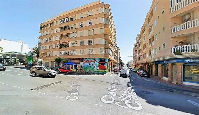 Piso 4 dormitorios 2 baños centro Torrevieja