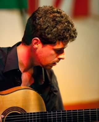 Clases de guitarra FLAMENCA y otro estilos musicales