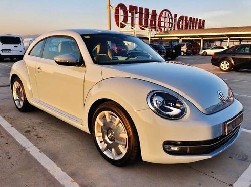 Volkswagen Beetle 2.0 TDI DSG DESIGN con NAVEGADOR, CUERO COMPLETO, BLUETOOTH, A