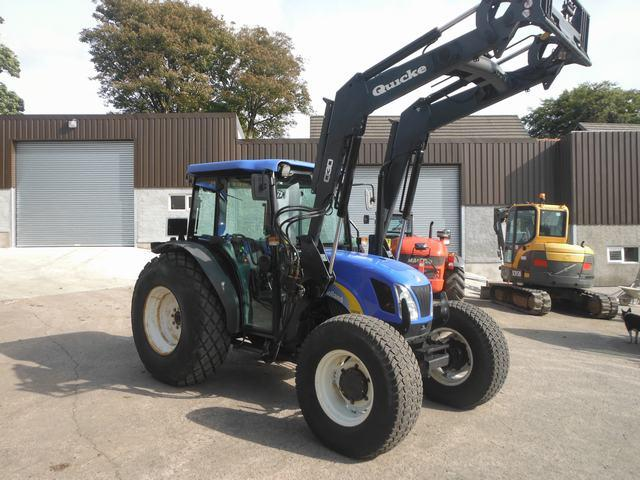 New Holland TN75