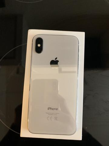 Apple iPhone X 64GB desbloqueado de fabrica