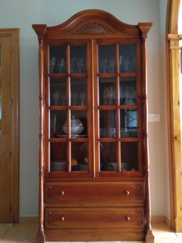 Salon comedor completo en madera estilo colonial