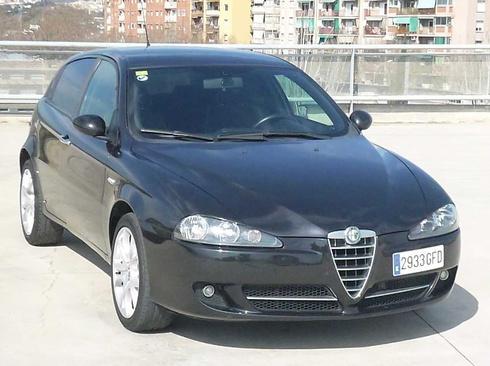 Alfa Romeo 147 1.9 JTD 120CV SPORT 5P