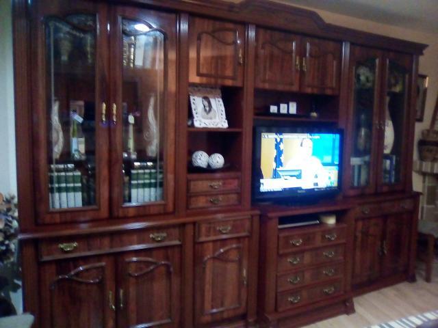 Vendo mueble de salón clásico