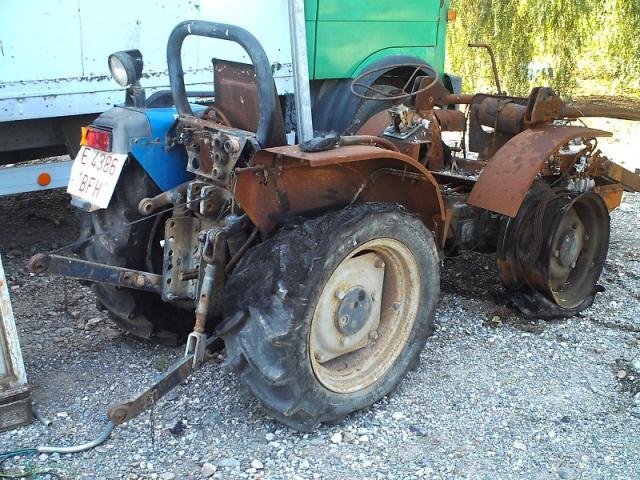 Tractor VIÑERO BCS 80 CV. para piezas o para reparar
