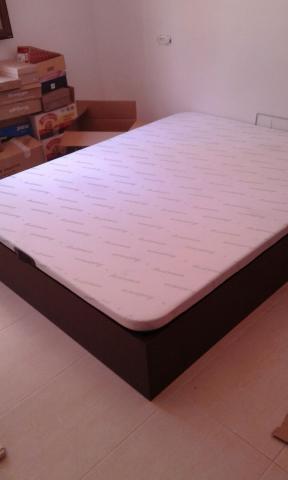 Canape 135 x 190 base tapizada nuevo en caja