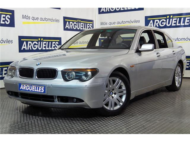 BMW 745 i 333cv
