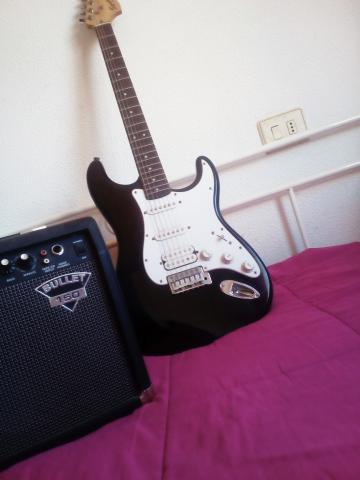 Guitarra eléctrica fender SQUIER Amplificador