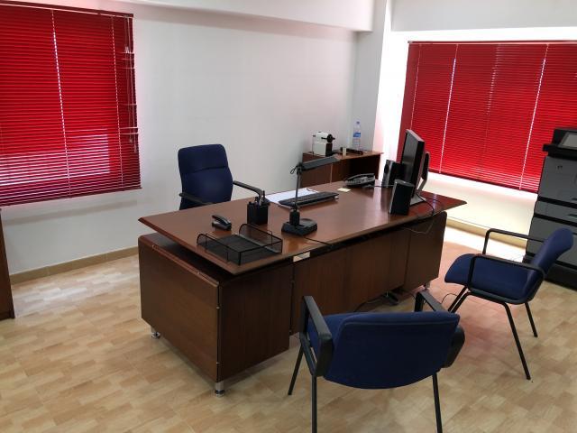 Se vende lote de mobiliario de oficina completa