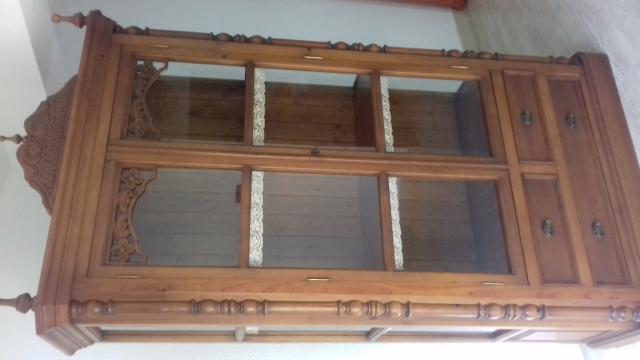 Vitrina estilo rústico madera de pino