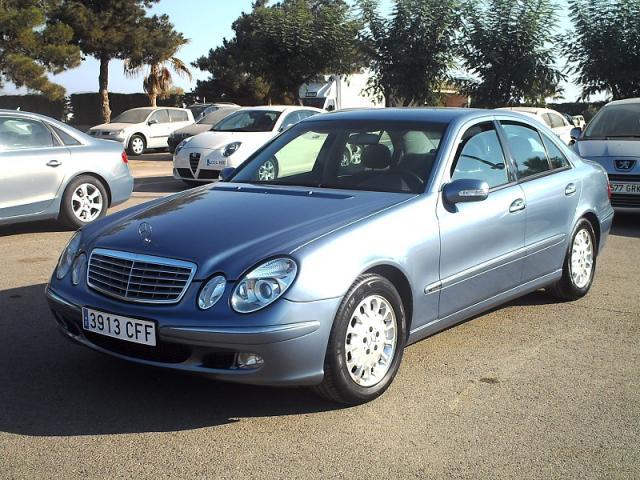 Mercedes-Benz Clase E E270 CDI Elegance Aut.170 cv.