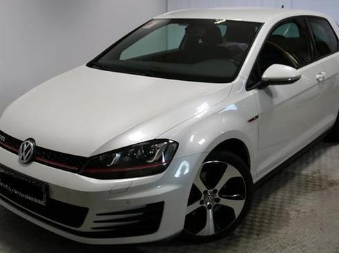 Volkswagen Golf VII 2.0 GTI
