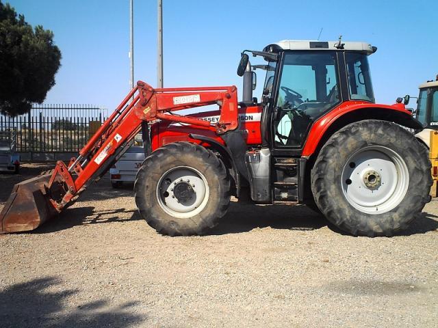 Tractor MASSEY FERGUSON 6480 Dyna 6, 160 cv CON PALA.