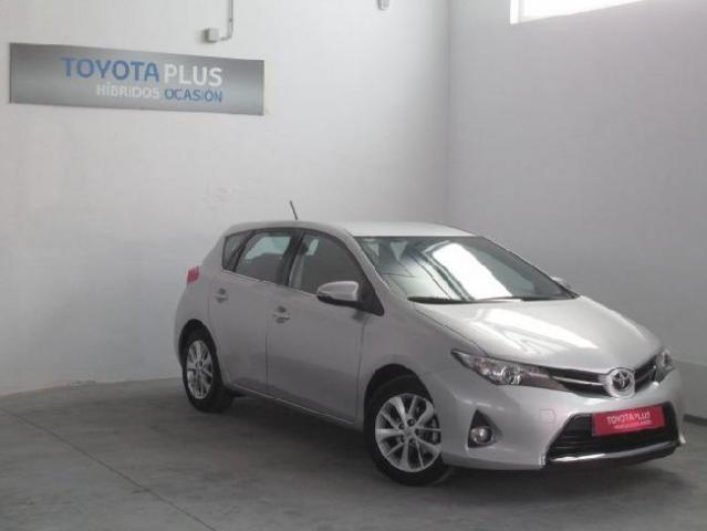 Toyota Auris 130 Active 14