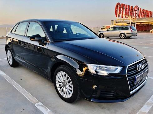Audi A3 Sportback 1.6 TDi S TRONIC con XENON LED S, BLUETOOTH, SENSOR DE LUCES,