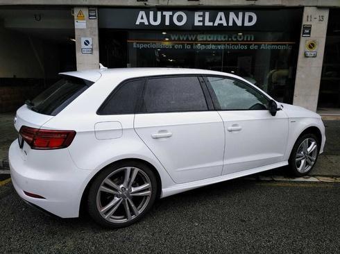 Audi A3 Sportback e-tron S LINE