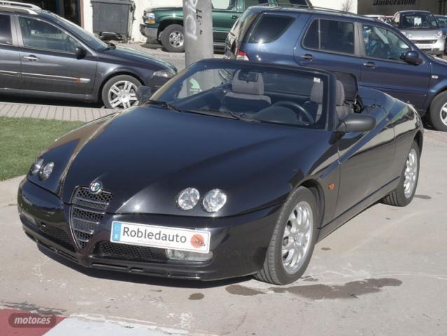 Alfa Romeo Spider 2.0 JTS 16v de 2004 con 111.656 Km por 8.200 EUR. en Madrid