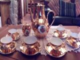 Juego de café bañado en oro